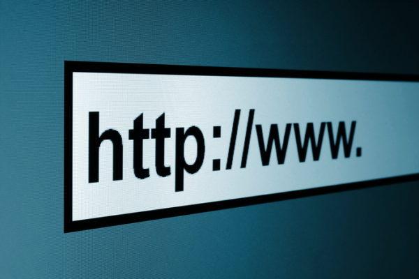 Как отфильтровать посты в WordPress по URL? (query_posts)